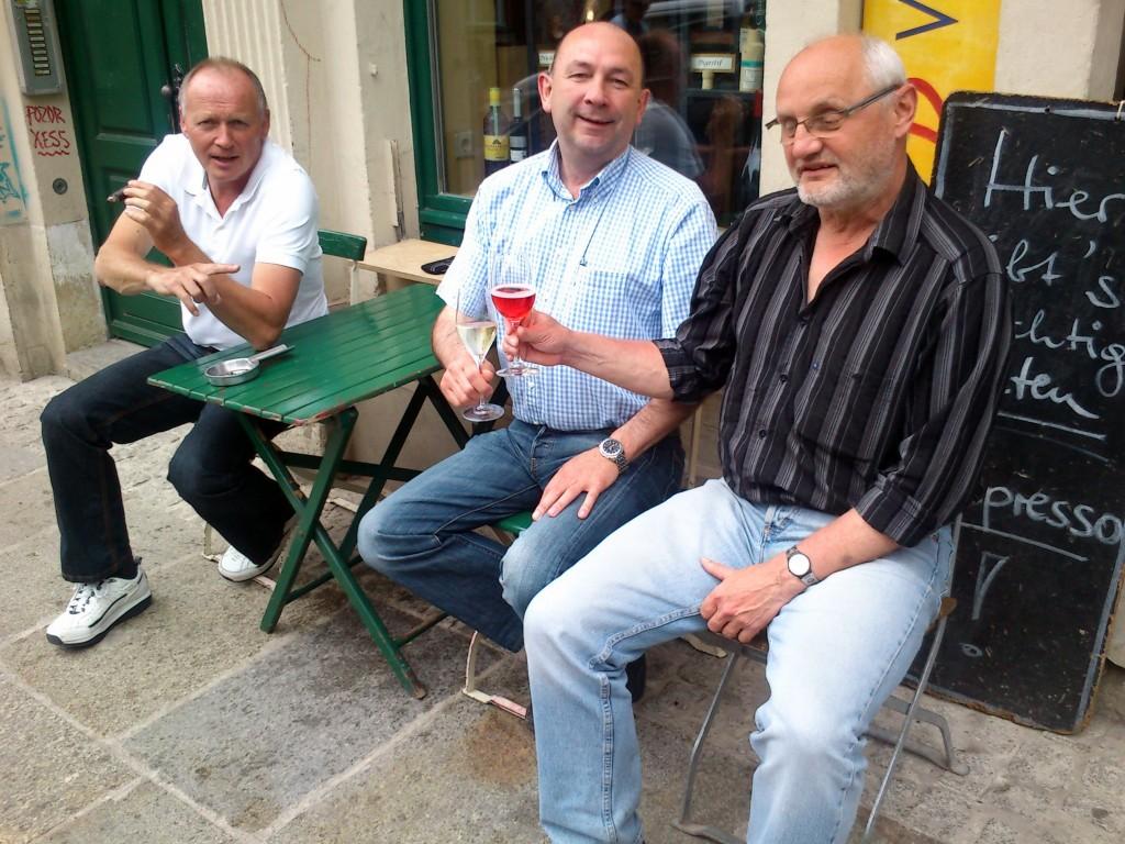 Männer mit Muße … gesehen auf der Alaunstraße.