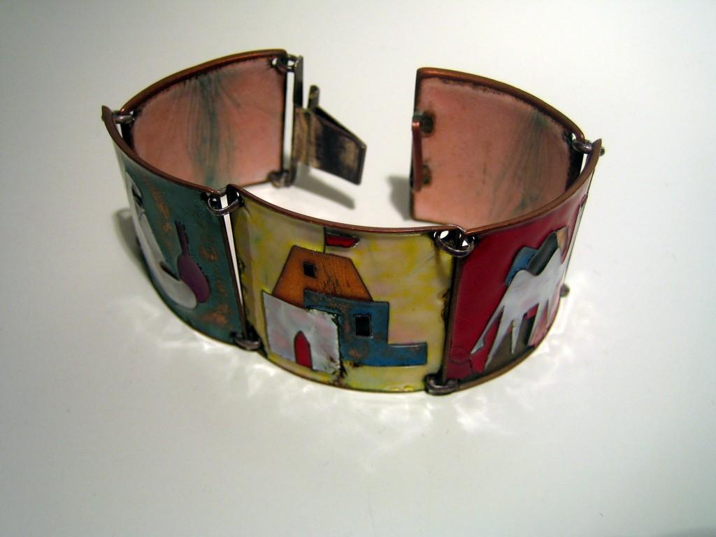 Emaille-Armband, wahrsch. Albert Gustav Bunge (1893-1967). Foto: JMK, 2011.