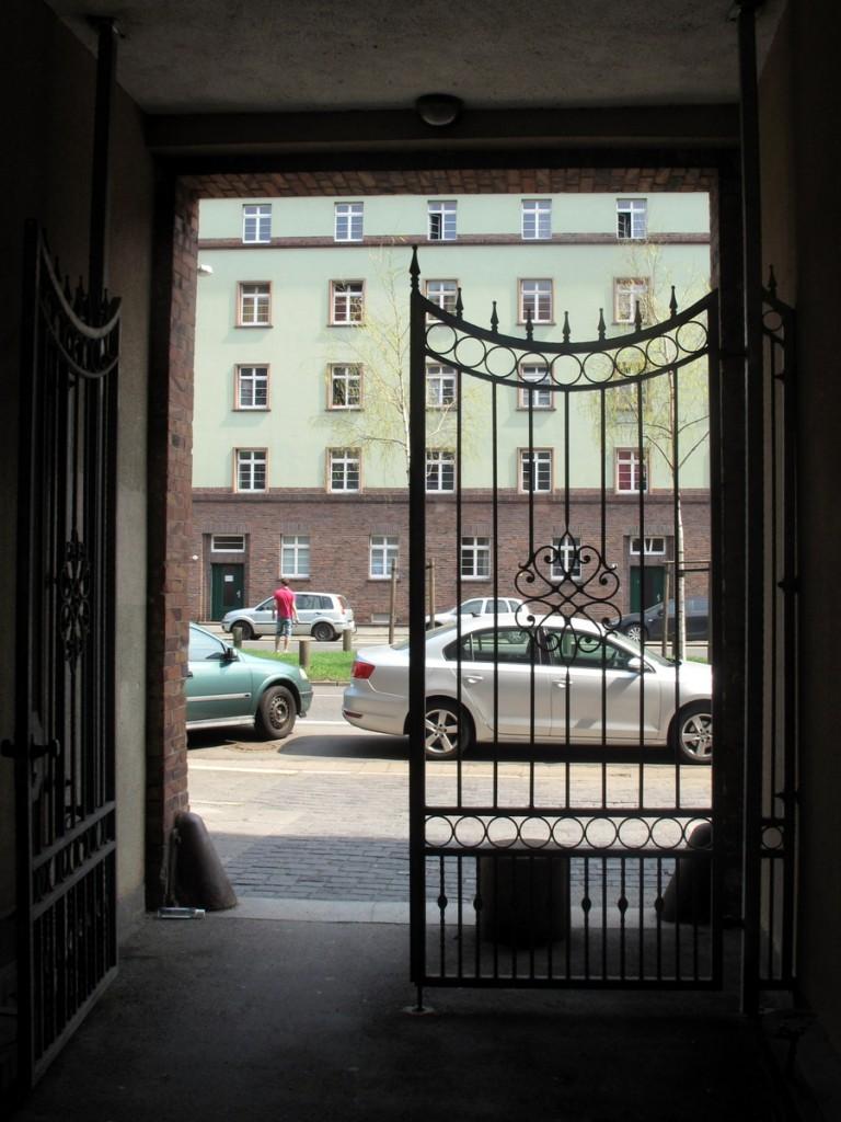Tor zur Hansastraße.