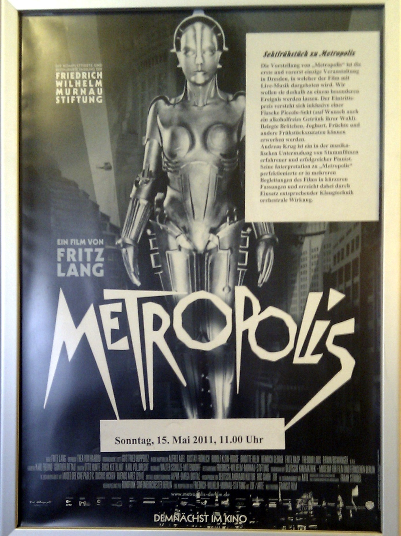 metropolis essay Essays about metropolis sex and violence, religion and technology: themes in fritz lang's metropolis visual distinctions of class and wealth in three german films.