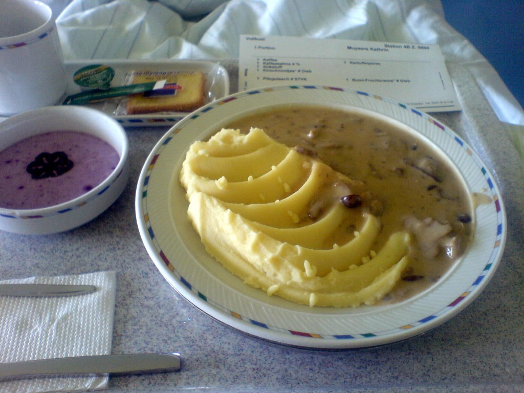 Pilzgulasch mit Kartoffelpüree.