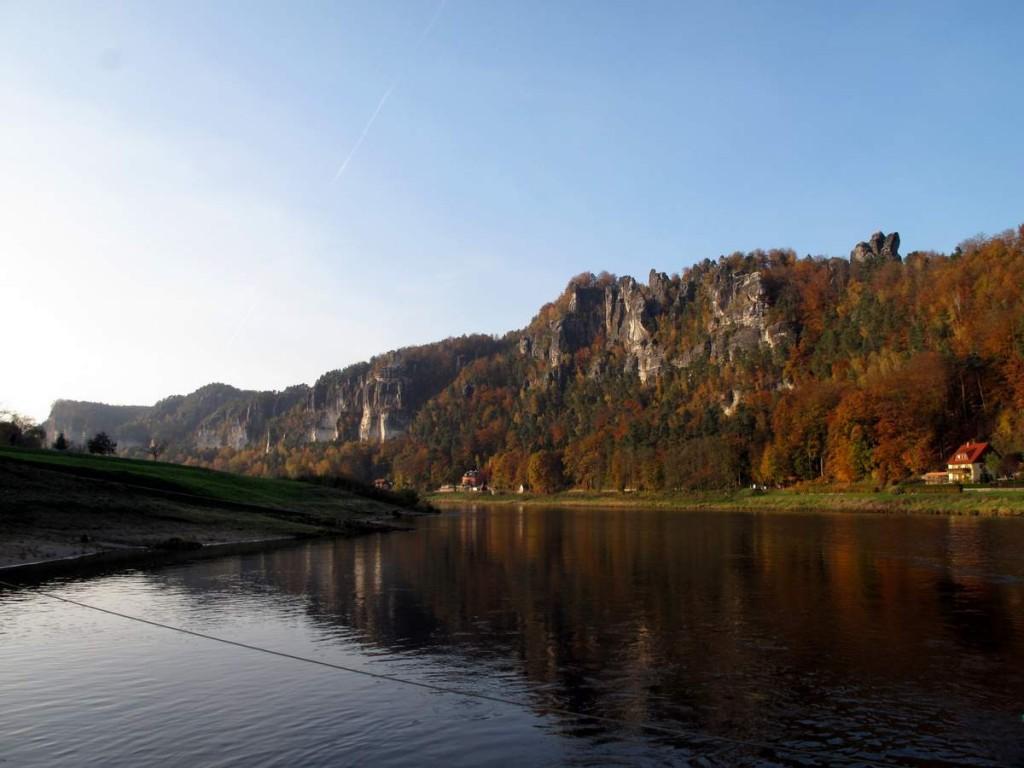 Das Elbsandsteingebirge bei Rathen.