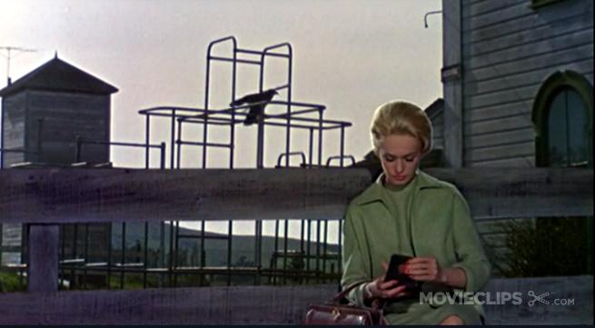 Tippi Hedren in Alfred Hitchcocks Die Vögel (1963). Screenshot: KM.