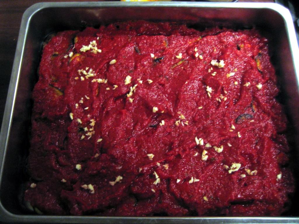 Tomatensauce mit Knoblauch.