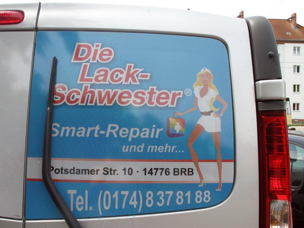 #Realsatire: Lackschwester.